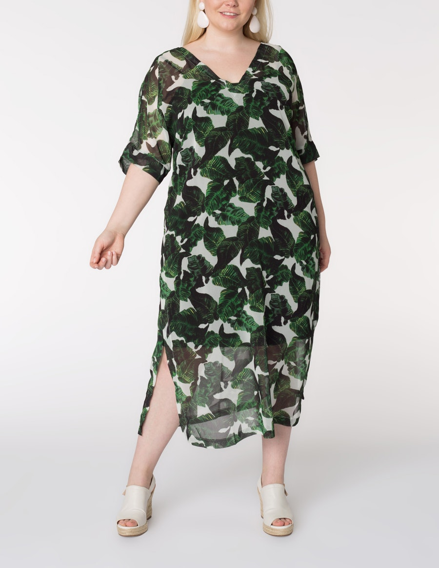 4c91bc10f8678 Think of Navabi as the plus-size equivalent to Net-a-Porter or  MatchesFashion
