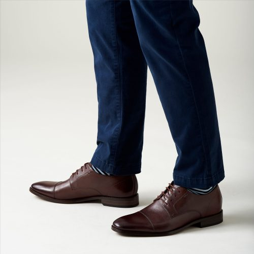 huge selection of a58fa c33e8 40% + 40% off Clarks Shoes   Buyandship Singapore